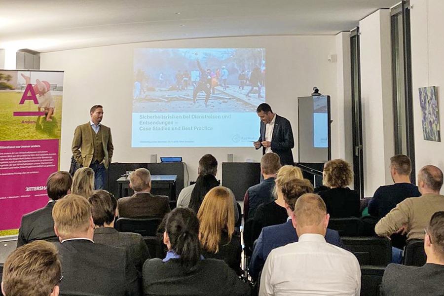Vortrag Oliver Schneider: Sicherheitsrisiken bei Dienstreisen und Entsendungen